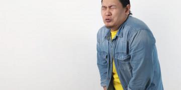 Thói quen nhịn tiểu đang hủy hoại lá gan của bạn